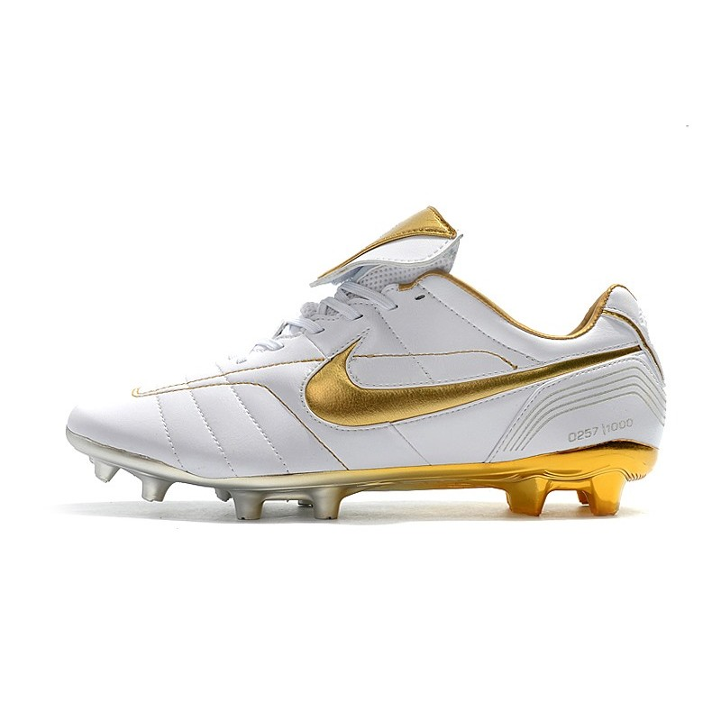 official photos ebe7a 9eaec Nike Tiempo Legend 7 R10 FG New Soccer Boots - White Gold